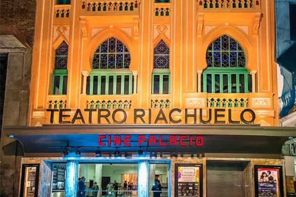 teatro_riachuelo-min